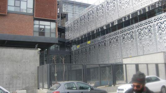 نمای ساختمان سینا ژن