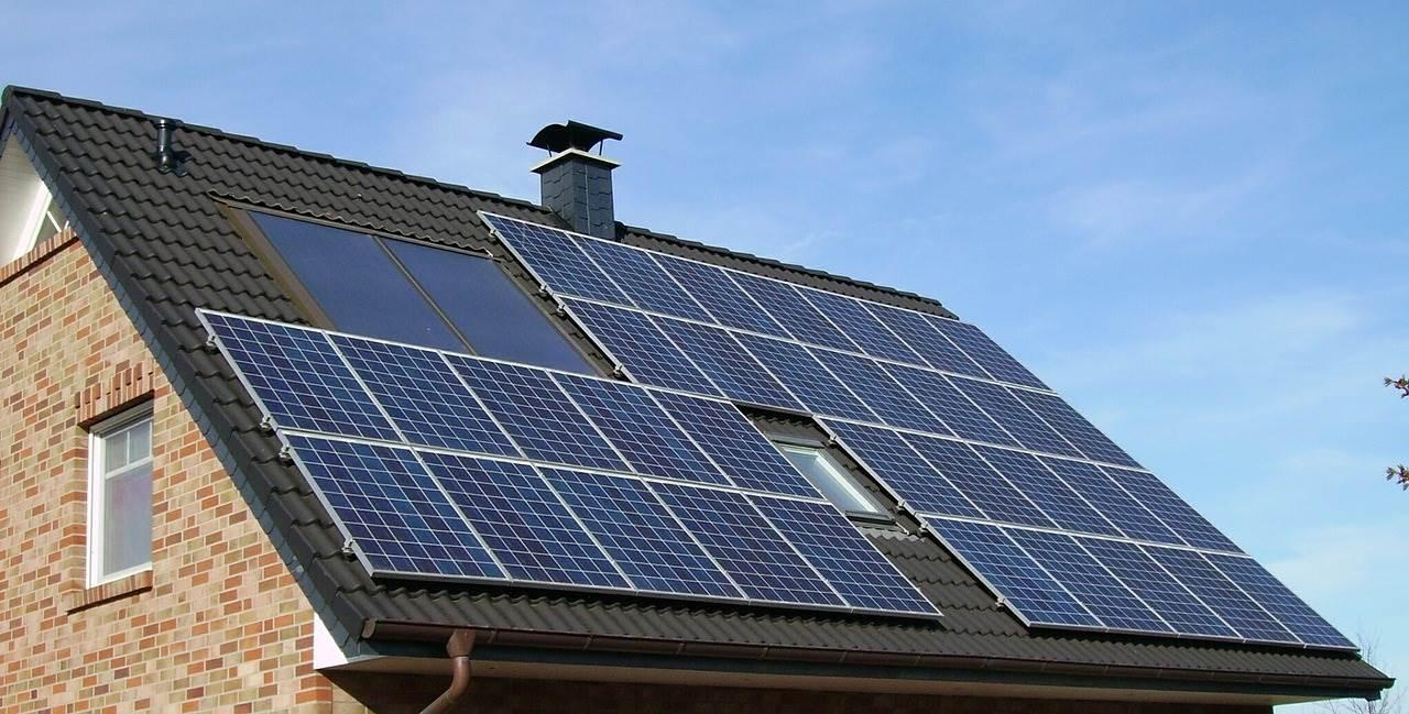 solar-panel-array.jpg (1280×649)